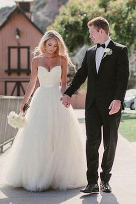Natural Waist Hall Vintage Beach Tulle Misses Sparkly Wedding Dress