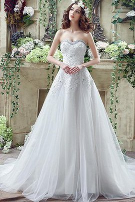 Beading Lace-up Court Train Sleeveless Vintage Wedding Dress