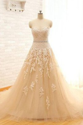 Lace Fabric Appliques Sweetheart Tulle Capped Sleeves Wedding Dress