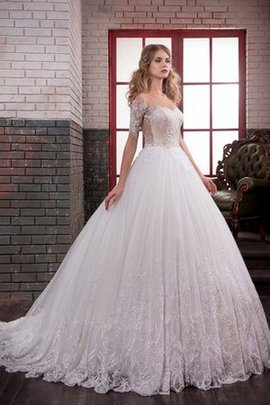Long Appliques Lace Natural Waist Detachable Tra Wedding Dress