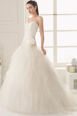 Sleeveless Apple Pear Pompous Modest Wedding Dress