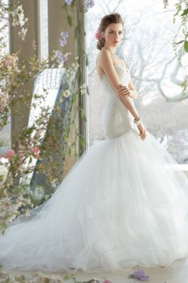 Sweetheart Dropped Waist Lace Fabric Sweep Train Vintage Wedding Dress