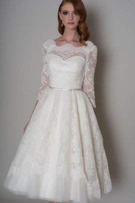 Bow Tulle 3/4 Length Sleeves Knee Length Lace Fabric Wedding Dress