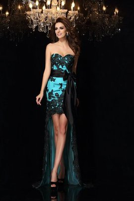 Satin Accented Bow Sweetheart Empire Waist Prom Dress