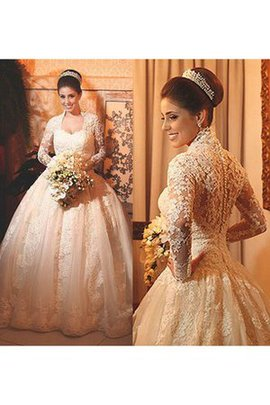 Long Sleeves Ball Gown Elegant & Luxurious Queen Anne Button Wedding Dress