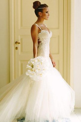 Natural Waist Hourglass Court Train Wonderful Floor Length Hall Outdoor Wedding Dress