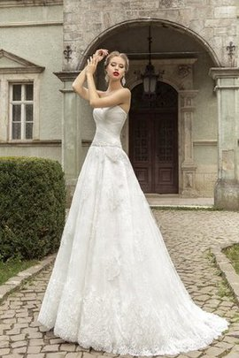 Sweetheart Appliques Lace-up Floor Length Lace Wedding Dress