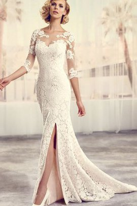 Chic & Modern Vintage Romantic Court Train Scoop Wedding Dress