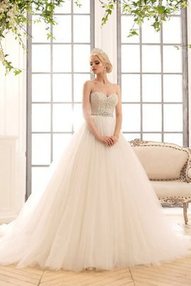 Natural Waist Crystal Long Tulle Sweetheart Wedding Dress