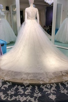 Ball Gown Button Lace Long Sleeves Appliques Wedding Dress