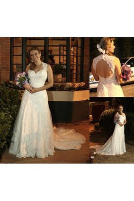 Modest Sweep Train Church Lace Fabric Wedding Dress