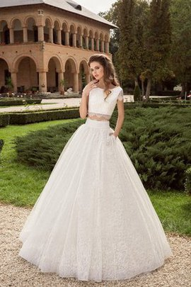 Bateau A-Line Short Sleeves Lace Natural Waist Wedding Dress