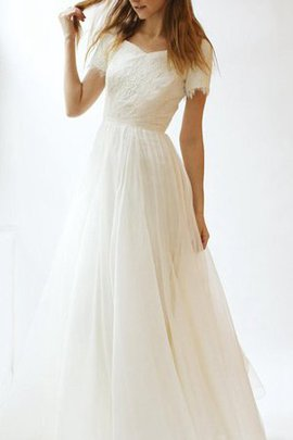 Elegant & Luxurious Vintage Appliques Informal & Casual Wedding Dress