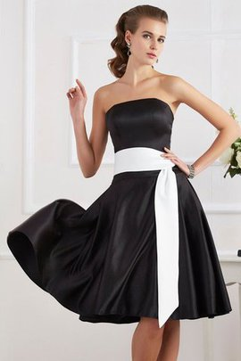 Sashes Sleeveless Strapless Short Bridesmaid Dress