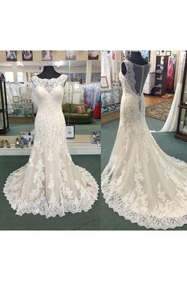 Capped Sleeves Pleated Elegant & Luxurious Lace Fabric Sexy Wedding Dress