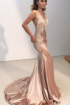 Silk Like Satin Backless Mermaid Spaghetti Straps V-Neck Appliques Evening Dress