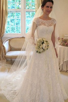 Demure Vintage Hall Hourglass Embroidery Brilliant Tulle Wedding Dress