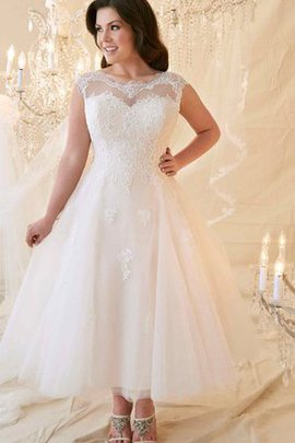 Simple Lace Elegant & Luxurious Draped Appliques Wedding Dress