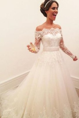 Junoesque Embroidery Romantic Long Sleeves Hall Princess Natural Waist Wedding Dress
