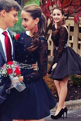 A-Line Beading Short Long Sleeves Homecoming Dress