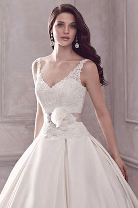 Romantic Sleeveless Sweep Train Zipper Up Spaghetti Straps Wedding Dress