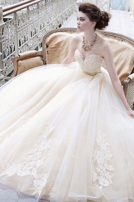 Natural Waist Lace Sweetheart Tulle Floor Length Wedding Dress