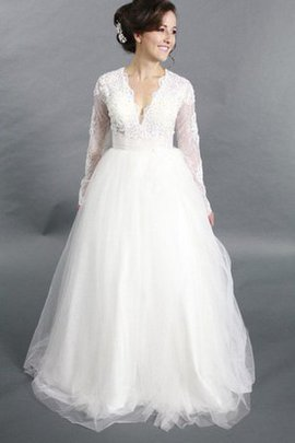 Zipper Up V-Neck Romantic Chic & Modern Appliques Wedding Dress