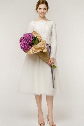 Beading Informal & Casual Modest A-Line Lace Wedding Dress