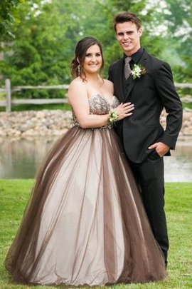 Plus Size Sleeveless Ball Gown Beading Natural Waist Prom Dress