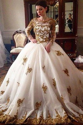 Ball Gown Scoop Tulle Court Train Long Sleeves Wedding Dress