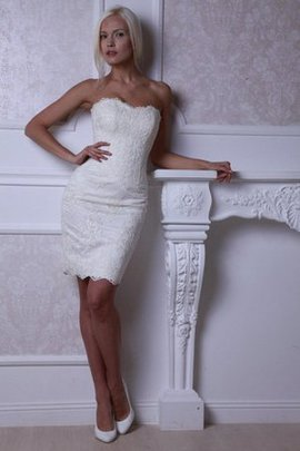 Lace Fabric Informal & Casual Beach Lace-up Sleeveless Wedding Dress