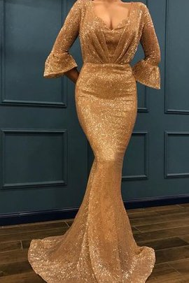 Showy Sequins V-Neck 3/4 Length Sleeves Ruffles Mermaid Sweep Train Evening Dress