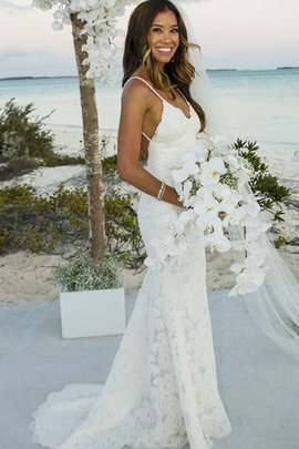 Gorgeous Thin Lace Fabric Spaghetti Straps Floor Length Hourglass Beach Wedding Dress
