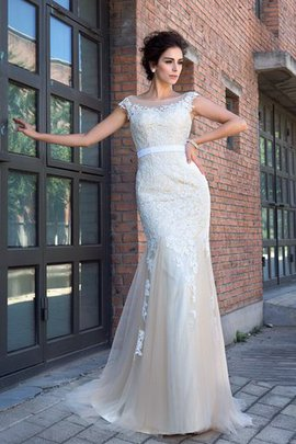 Sweep Train Short Sleeves Empire Waist Mermaid Appliques Wedding Dress