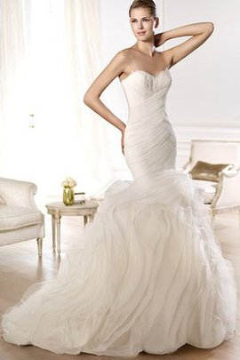 Floor Length Sweep Train Sweetheart Elegant & Luxurious Organza Wedding Dress