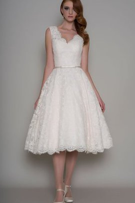 Pleated Elegant & Luxurious A-Line Lace Fabric Romantic Wedding Dress