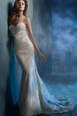 Backless Organza Sleeveless Long Sweetheart Wedding Dress