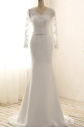 Long Sleeves Beach Elegant & Luxurious Appliques Lace Fabric Wedding Dress