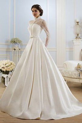 Long Sleeves Pleated A-Line Lace-up Bow Wedding Dress