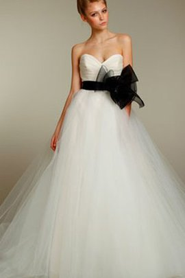 Natural Waist Ruched Ball Gown Sweetheart Sashes Wedding Dress