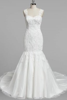 V-Neck Elegant & Luxurious Sleeveless Lace Fabric Natural Waist Wedding Dress
