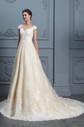 Court Train Beading Chic & Modern Rectangle Brilliant Ball Gown Fancy Wedding Dress