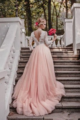 Tulle Showy Long Informal & Casual Pleated Outdoor Embroidery Wedding Dress