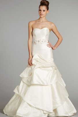 Court Train Beading A-Line Backless Sleeveless Wedding Dress