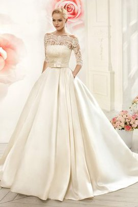 3/4 Length Sleeves Vintage Pleated Court Train Wedding Dress