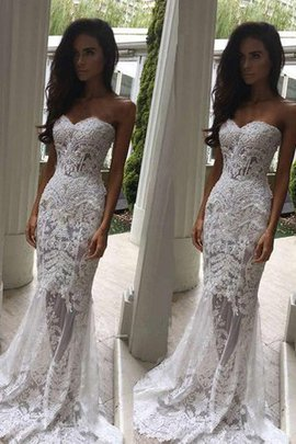 Romantic Informal & Casual Sweetheart Lace Fabric Delicate Misses Wedding Dress