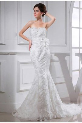 Empire Waist Satin Sleeveless Chapel Train Beading Wedding Dress