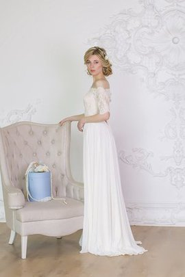 A-Line Zipper Up Vintage Lace Elegant & Luxurious Wedding Dress
