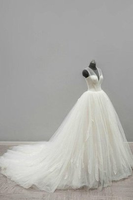 Sleeveless Floor Length V-Neck Tulle Wedding Dress