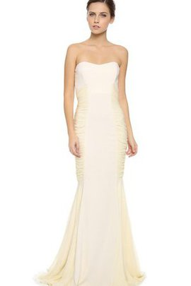 Chiffon Pleated Strapless Natural Waist Long Wedding Dress